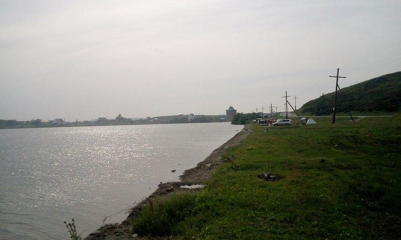 Хорошее место отдыха на озере Белое