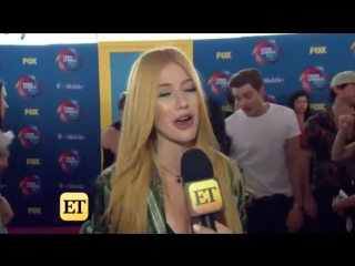 UPDATE At last weekends TeenChoice Awards, @MatthewDaddario, @HarryShumJr and the rest of the Shadowhunters cast spoke to @etnow