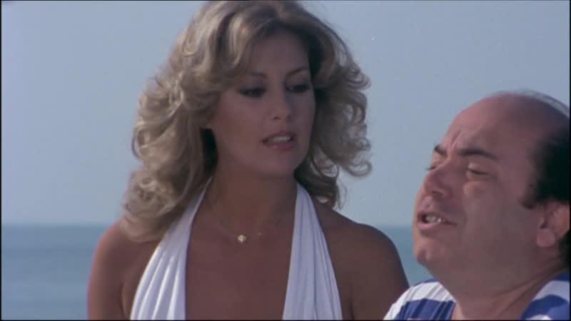 ХФ Учительница со всем классом на море Linsegnante al mare con tutta la classe (Италия, 1980) Легкая эротическая комедия.