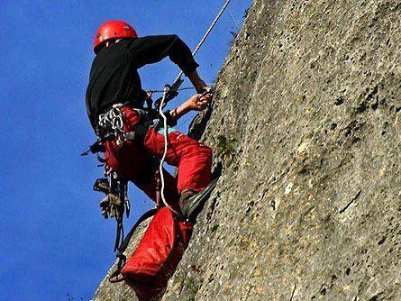 В Зеленчукском районе погиб альпинист из Москвы