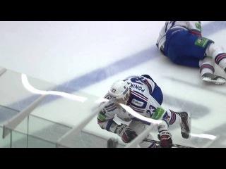 Alexei Ponikarovsky hits his teammate Ilya Kovalchuk / Поникаровский встречает Ковальчука