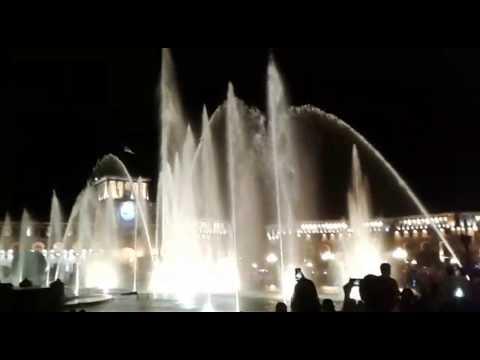 Поющие фонтаны в Ереване. Армения
