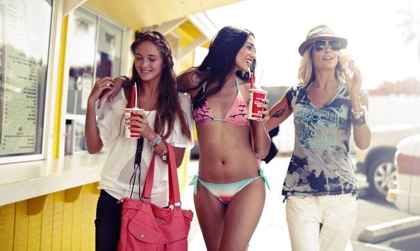5 типов подруг, которых точно не стоит делать «лучшими»