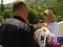 Российских дипломатов в Тбилиси заставили снять георгиевские ленты
