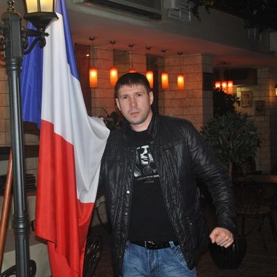 Александр Шустов