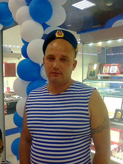 Иван Иванов, 22 ноября 1981, Курган, id225764242