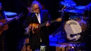 Whites Skaggs Cooder at the Ryman You Must Unload