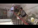 Дзержинск 21 июля 2014 Освобождение города ВСУ Безоружные местные люди типа военнопленные сидят на полу в здании