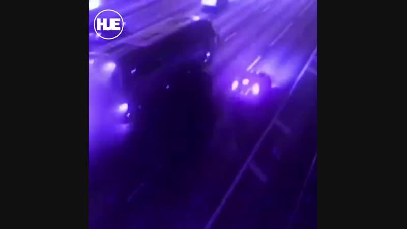 Рейсовый автобус вспыхнул в столице на МКАД