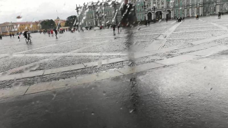 ЕЁ ВЕЛИЧЕСТВО КОРОЛЕВА МАРГАРЕТ КАТАЕТСЯ НА КАРЕТЕ