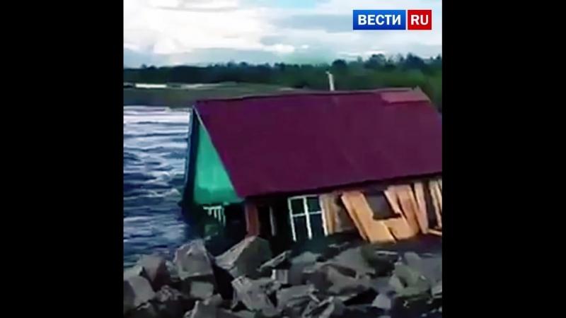 В Чите вышедшая из берегов река унесла баню