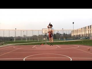 Shortest Volleyball Spiker EVER ! Ace Jumper - Monster of the Vertical Jump (HD)
