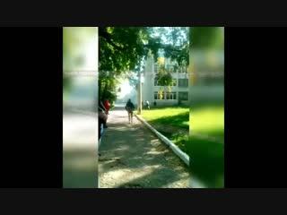 Момент убийства 18 человек в политехническом колледже в Керчи