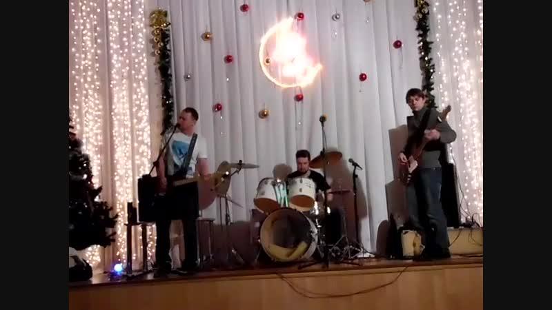 Зеркало - Тоскливое утро (live in Новогодний рок 03.01.15)