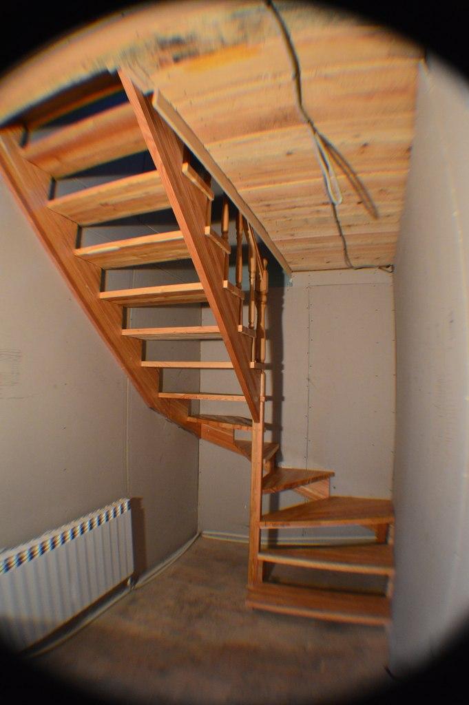 После изготовления имонтажа лестницы
