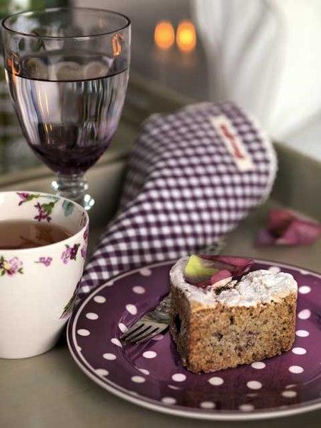Посуда для поесть (тарелки, чашки и вообще сервизы)