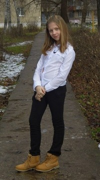 Соня Суханова