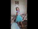 Маленькая певица очень смешно поёт