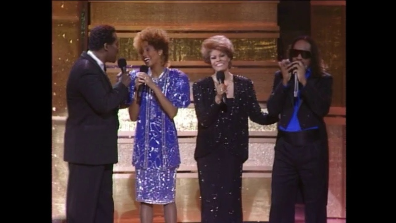(HD) Whitney Houston, Dionne Warwick, Stevie Wonder Luther Vandross - That's What Friends Are For