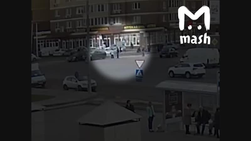 В Южном Бутове внедорожник сбил троих пешеходов