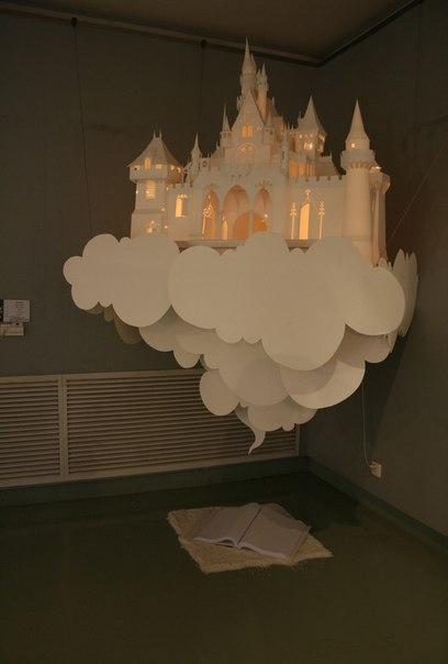 Замок из бумаги с подсветкой.
