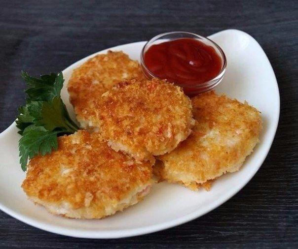 Котлеты из крабовых палочек с сыром Ингредиенты: ● Крабовые