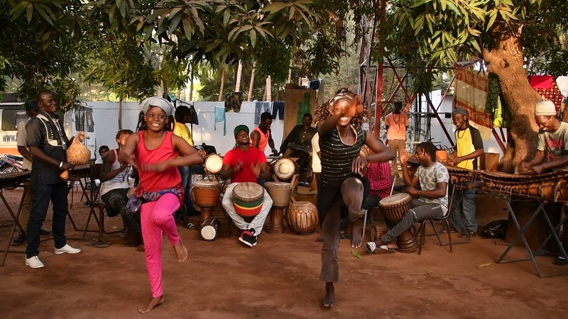 Bwazan at Maison des Jeunes, Bamako, Mali, Feb 2018 5-0594