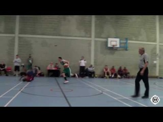 Alex Roberts ('97) Sends Kid Tumbling on the Crossover Before Dropping the Dime! Cheshire Wire