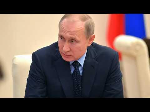 Путин посоветовал Макрону следить за языком