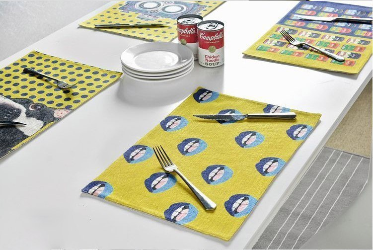 Яркие салфетки для стола -