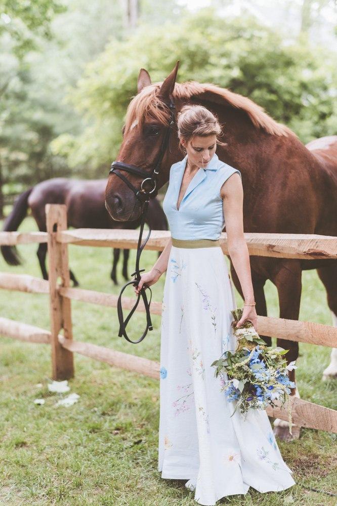 8ncL4Wtl4S8 - Цветное платье невесты