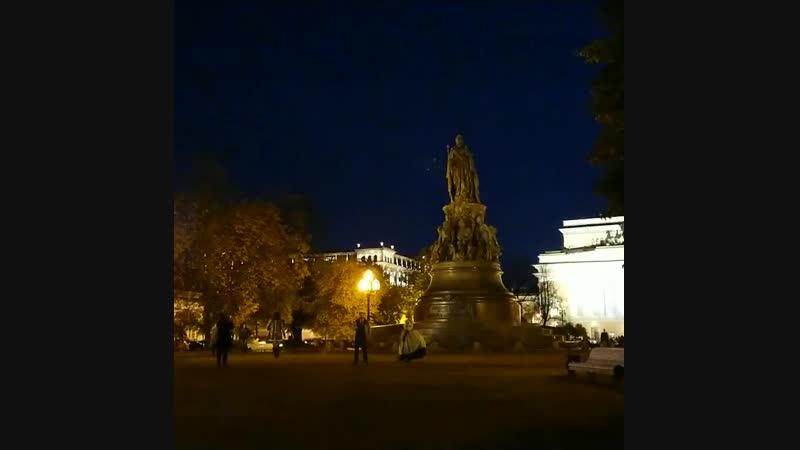 Осенний вечер в Питере у Кати.