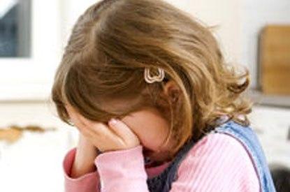 Как лучше реагировать на негативные эмоции детей?