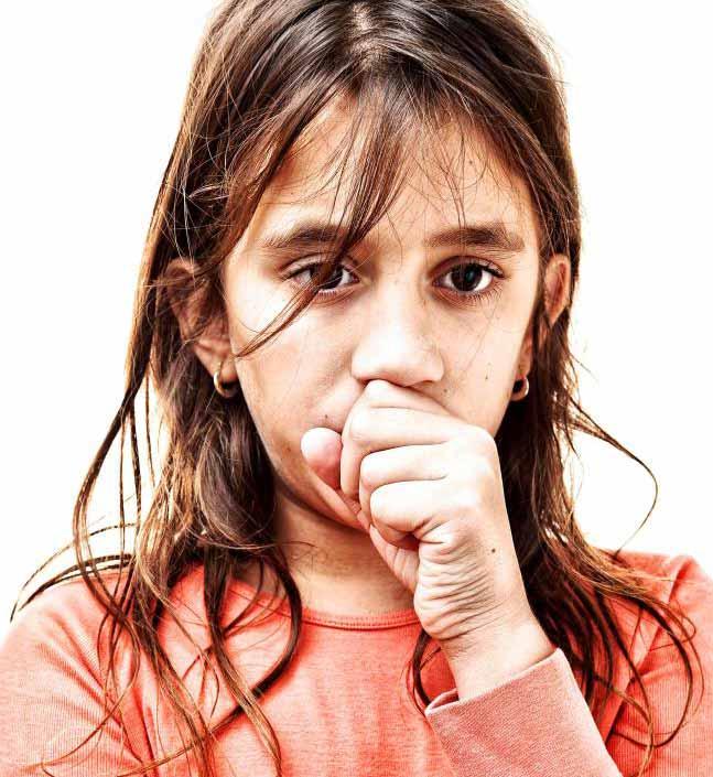 Раздражение дыхательной системы вызывает сильный кашель.