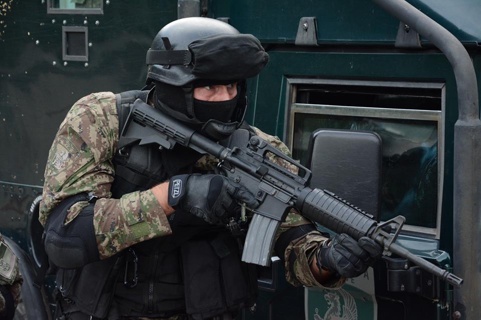 Armée Serbe / Vojska Srbije / Serbian Armed Forces - Page 3 FEDhloVY7LQ