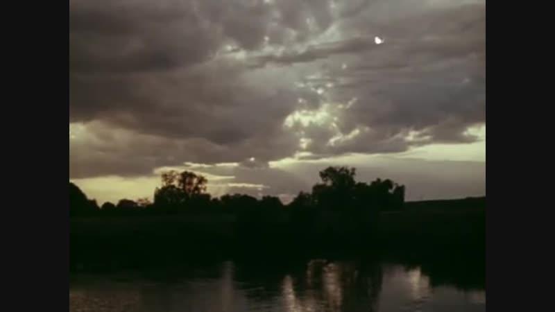 Vlc-chast-10-2018-10-26-23-h-m-s-з-Завтрак на траве.mp4-zavtrak-1979-god-film-made-cccp-veko-scscscrp