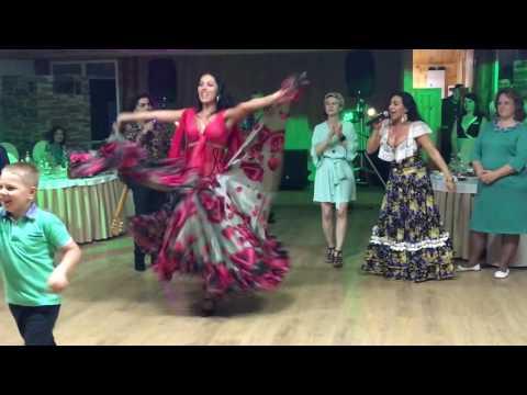 Цыганский ансамбль Gipsy family Попури Выступление на свадьбе