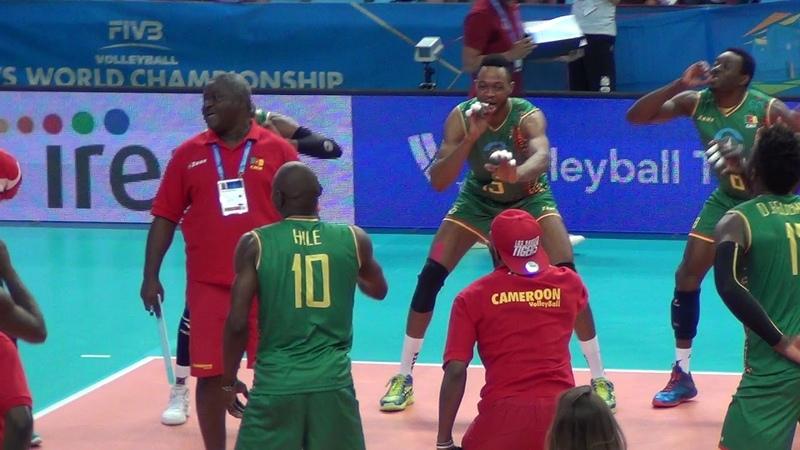 12 09 2018 barivolley2018 La danza dei leoni del Camerun dopo la vittoria all'esordio mondiale