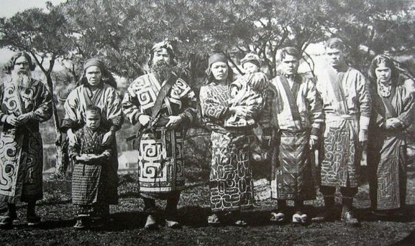 Японцы не коренные жители Японии Все в курсе, что американцы не коренное население США, точно так же как и теперешнее население Южной Америки. А вы знали, что японцы не являются коренным