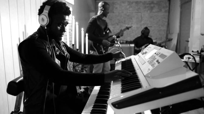 Dieu est puissant Hillsong cover GWG Studio session