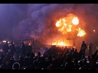 УКРАиНА НОВОСТИ СЕГОДНЯ ПЫЛАЮЩИЙ МАЙДАН ОТБИВАЕТ АТАКИ МЕНТОВ 2014 ЛУГАНСК ДОНЕЦК ВИДЕО ДНР ЛНР