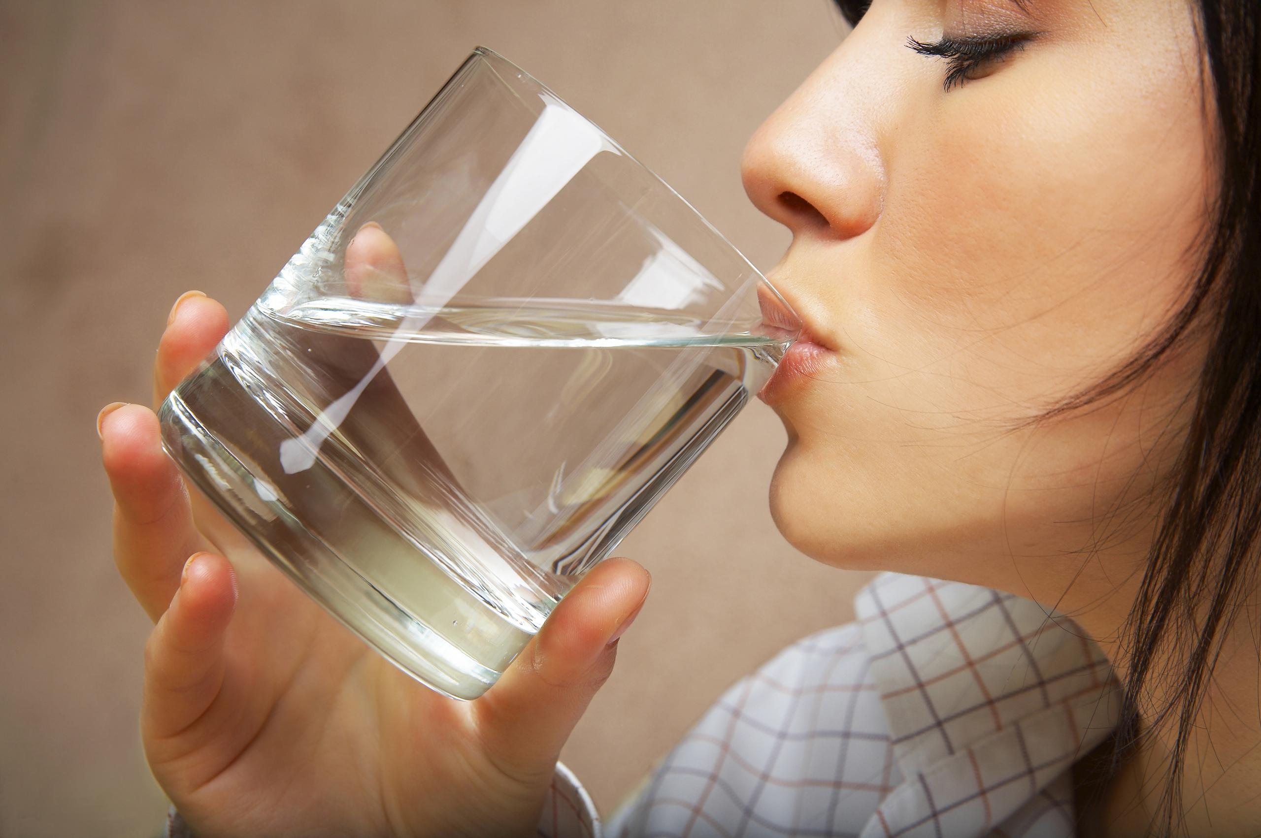 В Малокарачаевском районе люди пьют родниковую воду