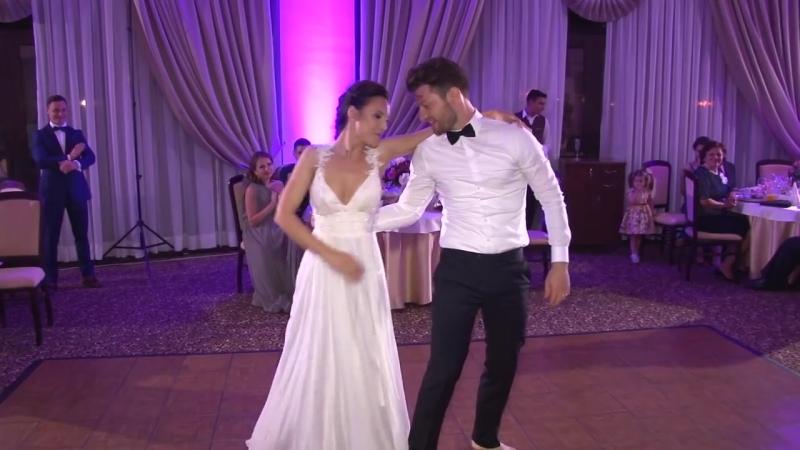 Wedding dance, Alex and Irina, Halo