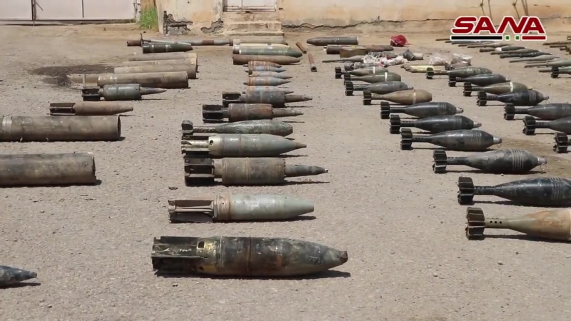 В районе города Абу Камаль провинции Дейр эз-Зор был обнаружен крупный склад с боеприпасами и оружием, принадлежавший террориста