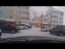 Мужик целый, снег мягкий