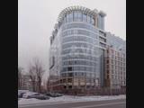 Семья сенатора Арашукова выставила на продажу его квартиру после обысков