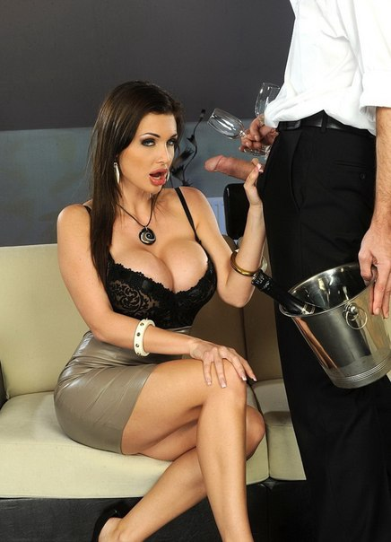 Aletta Ocean – In the VIP – PixAndVideo.com / 21Sextury.com