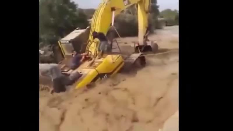 Dangerous Idiot Operator Heavy Equipment Excavator Fail Win Xtreme Best Skill Working