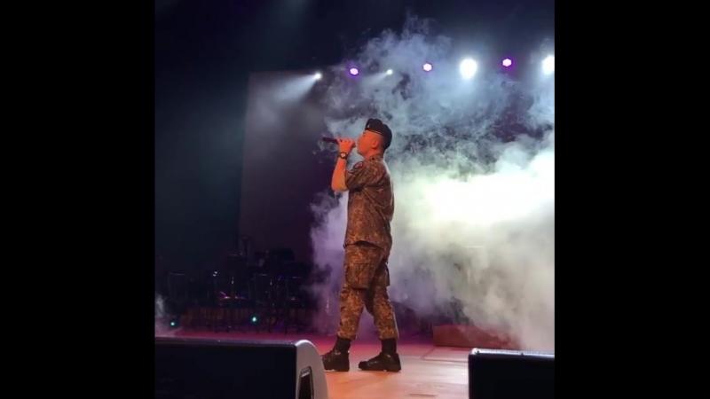 ⠀⠀⠀⠀⠀⠀⠀⠀⠀⠀⠀⠀⠀⠀⠀⠀180704 군악음악회 행사 ⠀⠀⠀⠀⠀⠀⠀⠀⠀⠀⠀⠀⠀⠀⠀⠀ENL rehearsal.와 목소리 잘생긴것 봐 성량 어쩔 귀가 녹는다잉 ⠀⠀⠀⠀⠀⠀⠀⠀⠀⠀⠀⠀⠀⠀⠀@__youngbae__ ⠀⠀⠀⠀⠀⠀⠀⠀