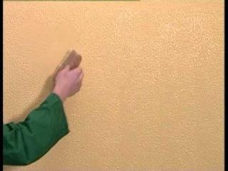 Kreos effetto pettinato - come applicare l'intonaco decorativo per interni OIKOS